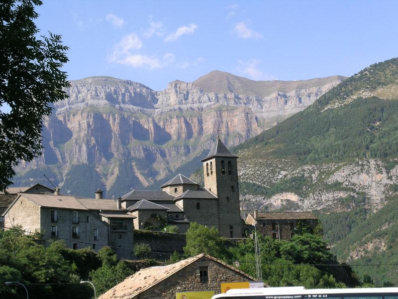 PireneiCase